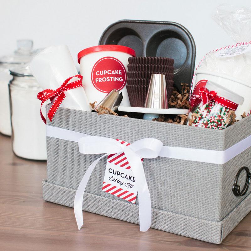 Cupcake baking kit, photo