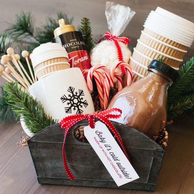 Hot cocoa gift basket, photo