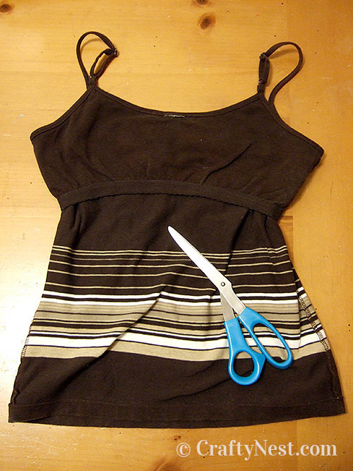 Turn tank top inside out, photo