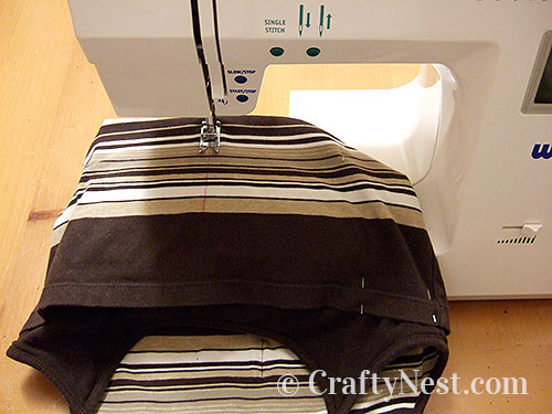 Sew pocket seams, photo