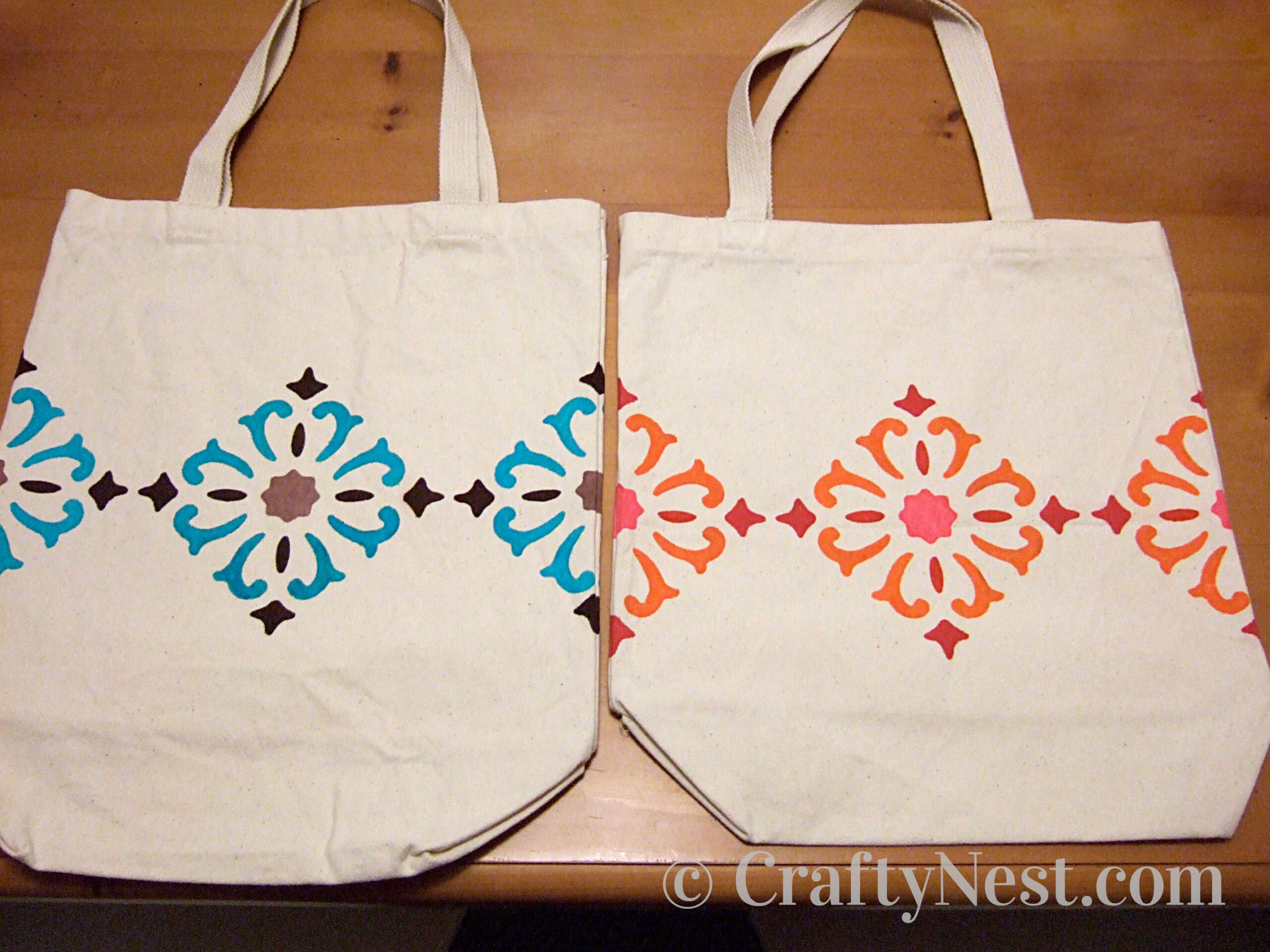Canvas tote bags decorated with diamond-shape designs, photo