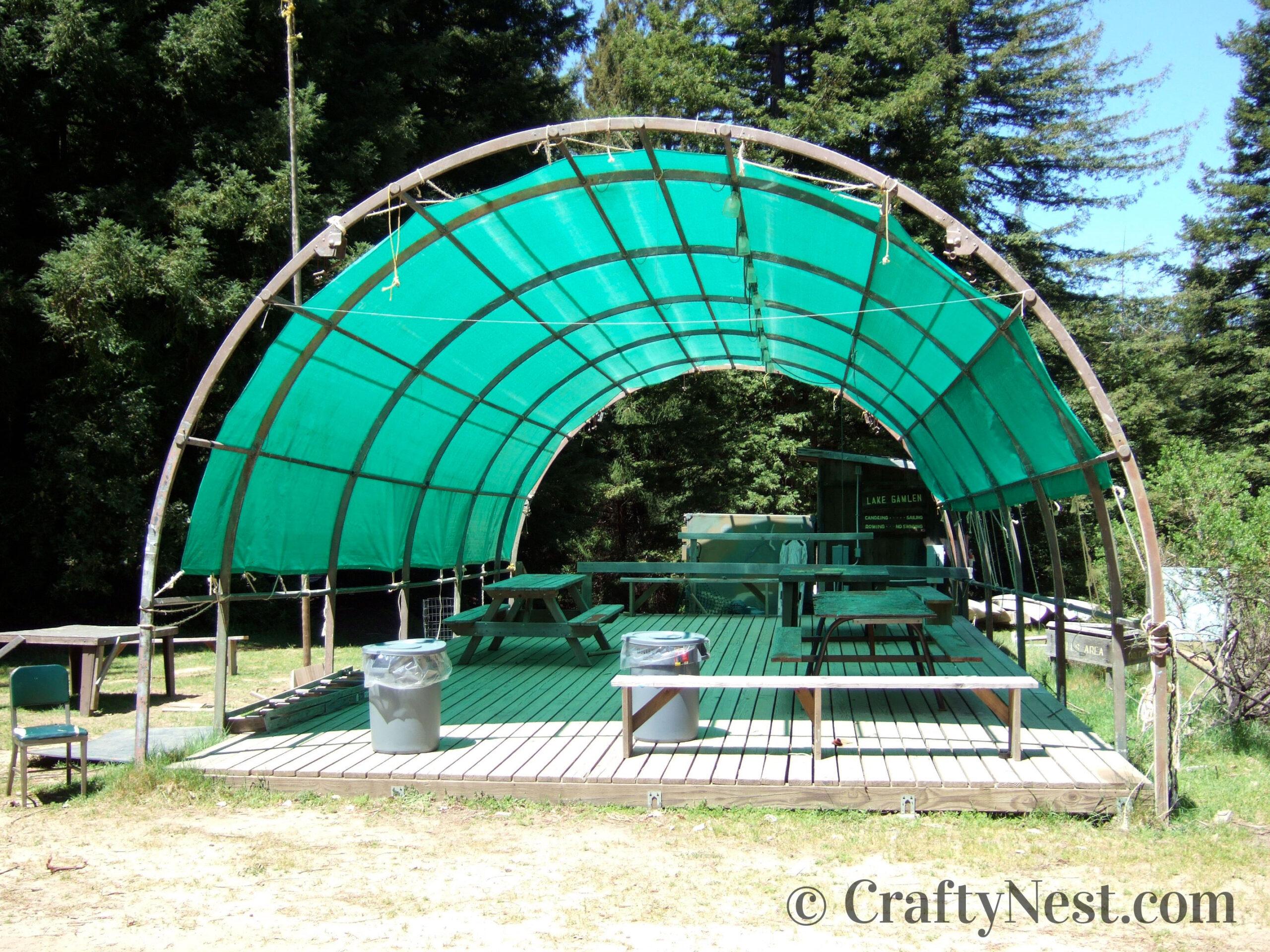 Green quonset hut, photo