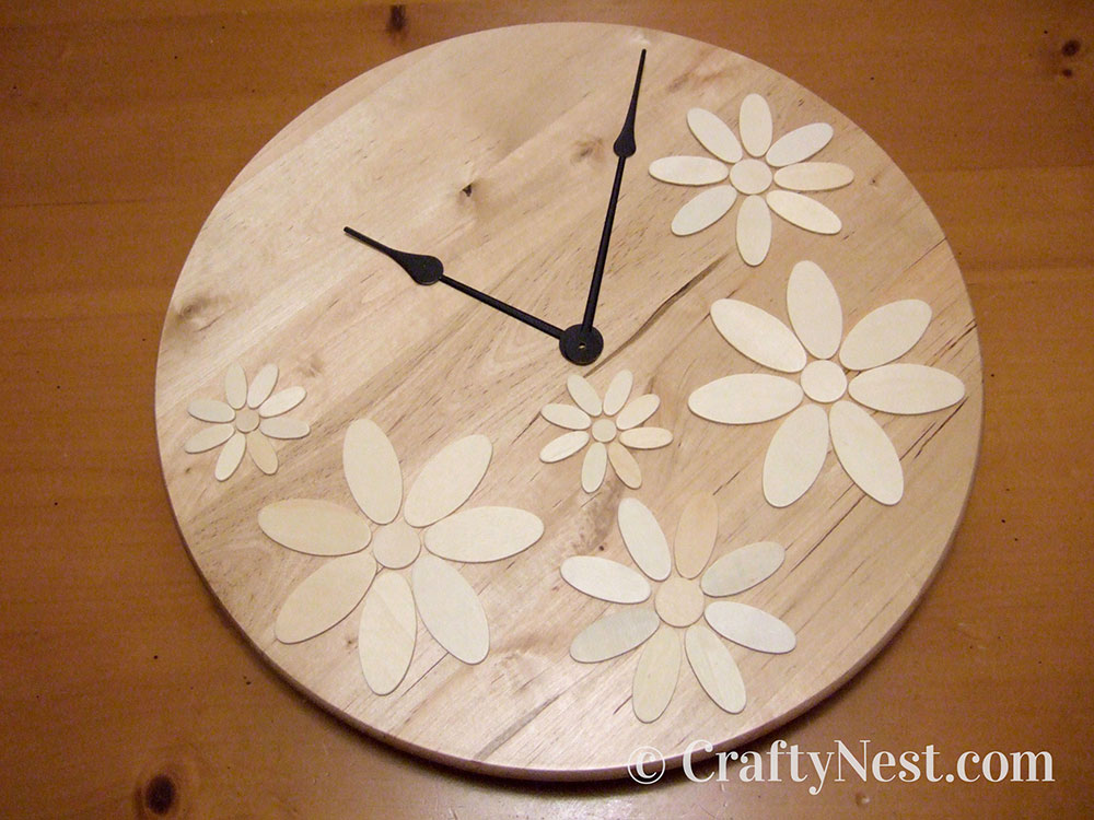 Flower pattern on the clock face, photo
