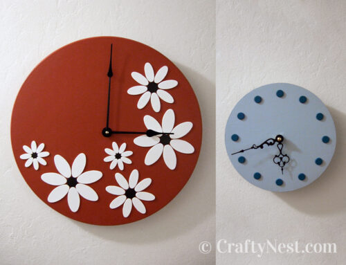 Lazy Susan = two wooden clocks
