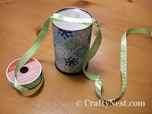 Tape the ribbon to the bottom, photo
