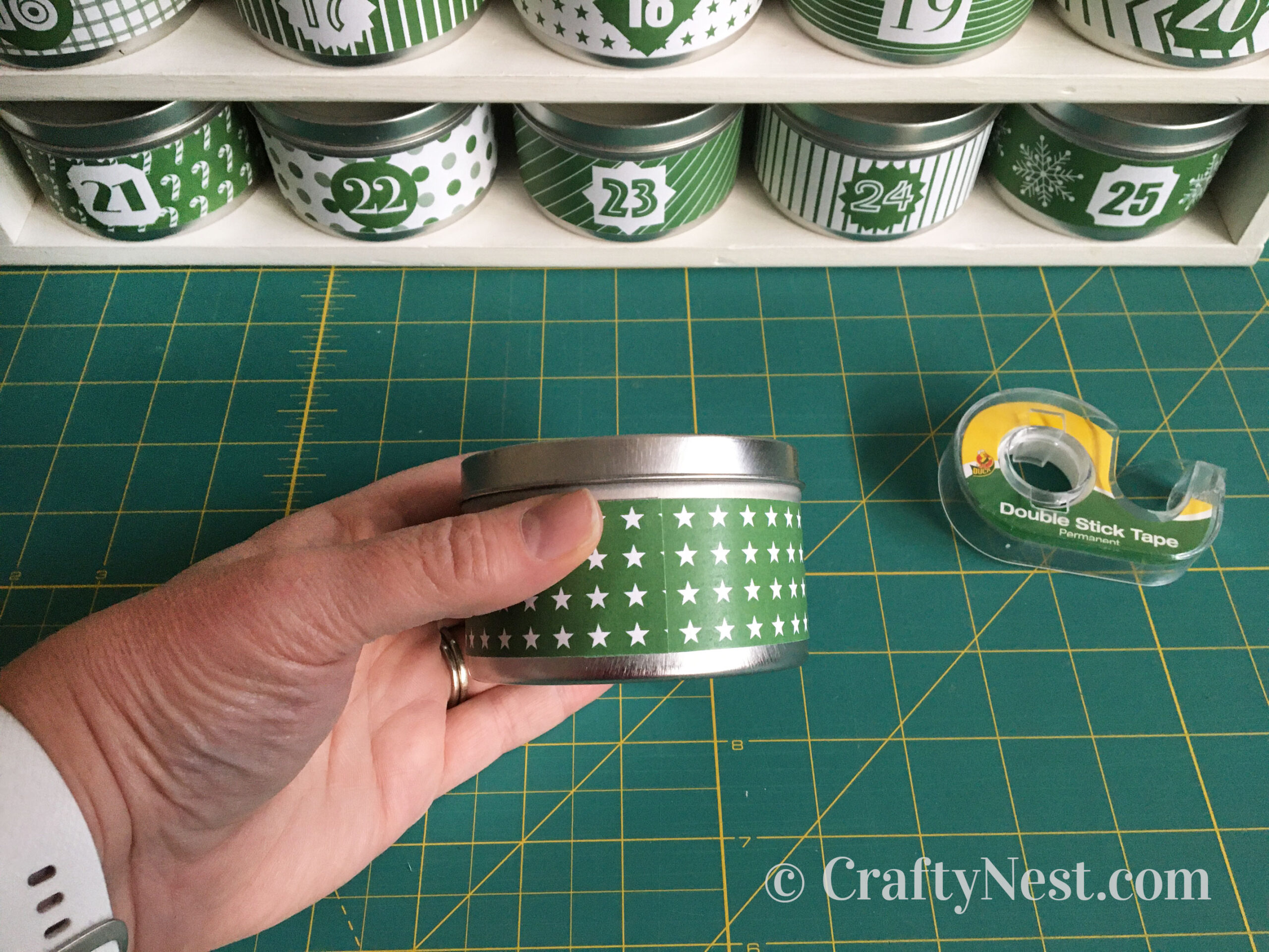 Wrapping number label on a tin, photo