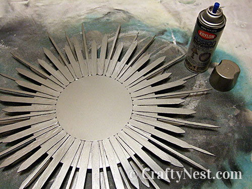 Spray paint the mirror, photo