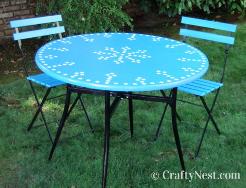 Outdoor bistro table & café chairs DIY makeover